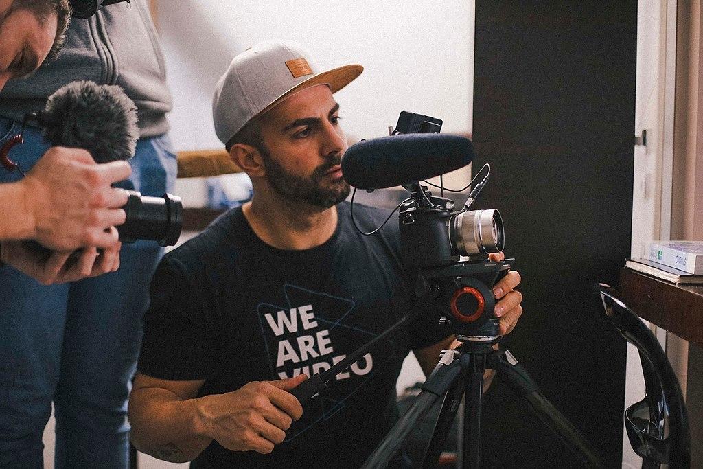 Профессия видеомейкер