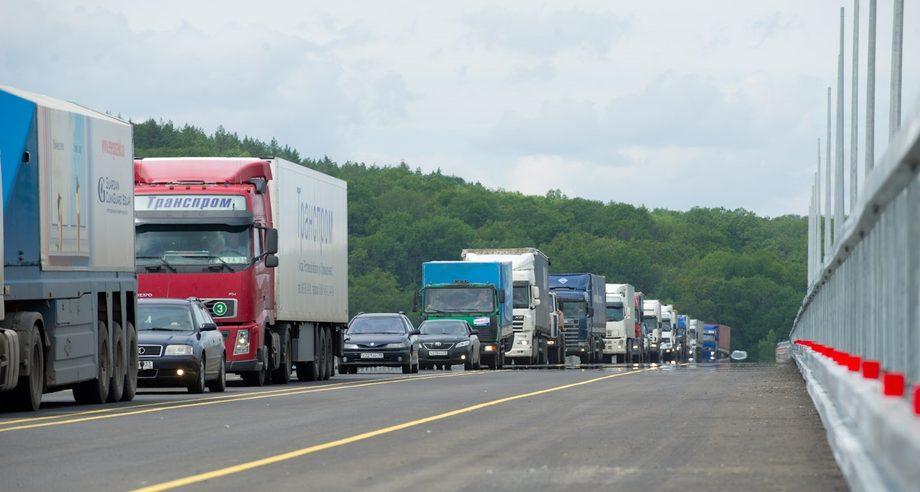 В общей структуре российского парка грузовых автомобилей на иномарки приходится лишь 26,7% (фото: ГК «Автодор»)