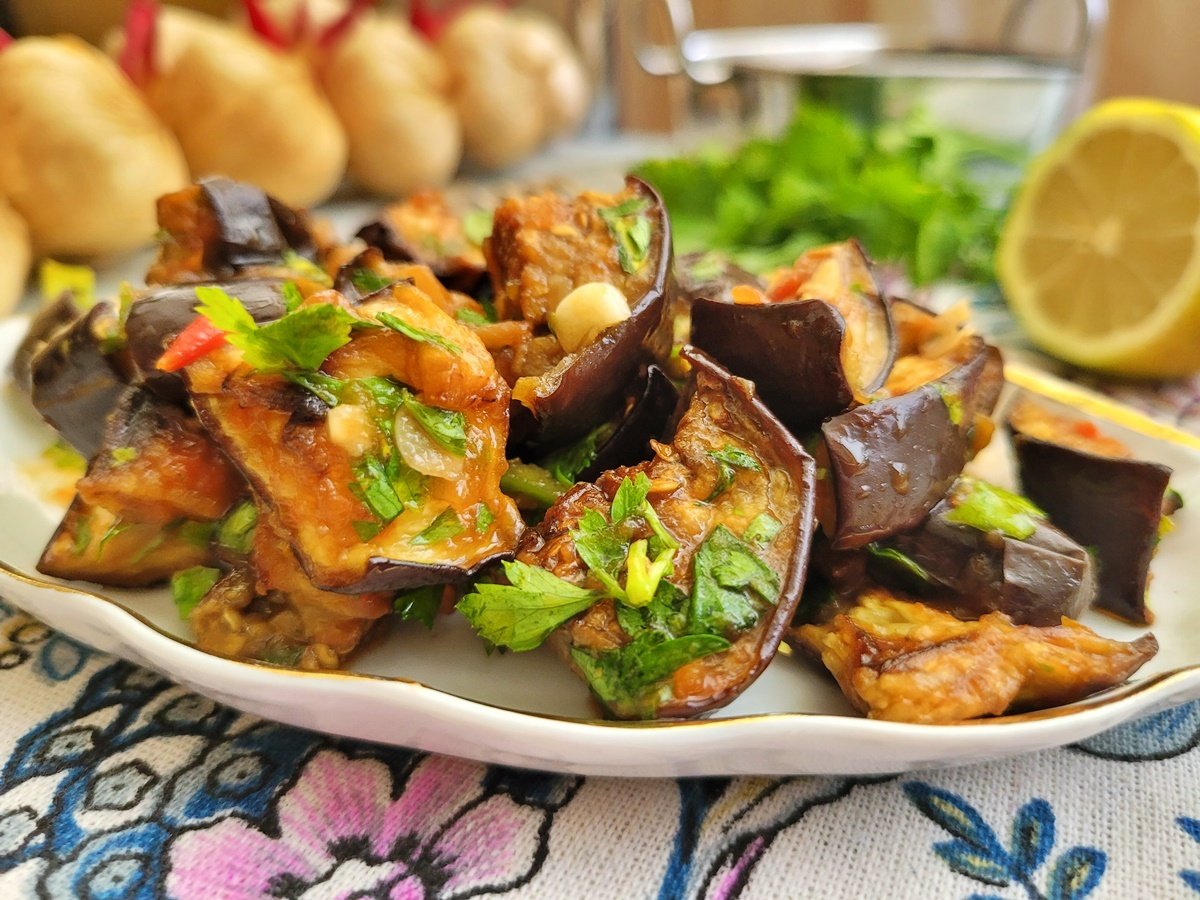 Рецепт салата из баклажанов (в духовке). ПП израильская кухня.