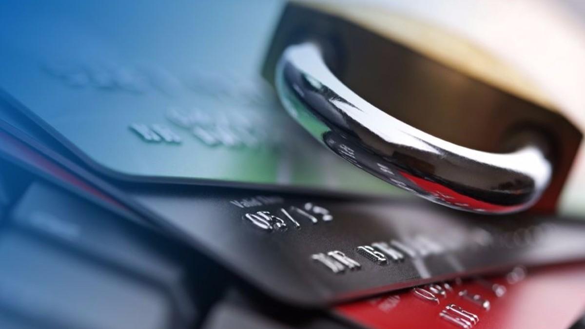 Автоматизированный арест средств: чьи счета и на основании чего могут арестовать? Адвокат в Запорожье. Юридическое бюро Линия права