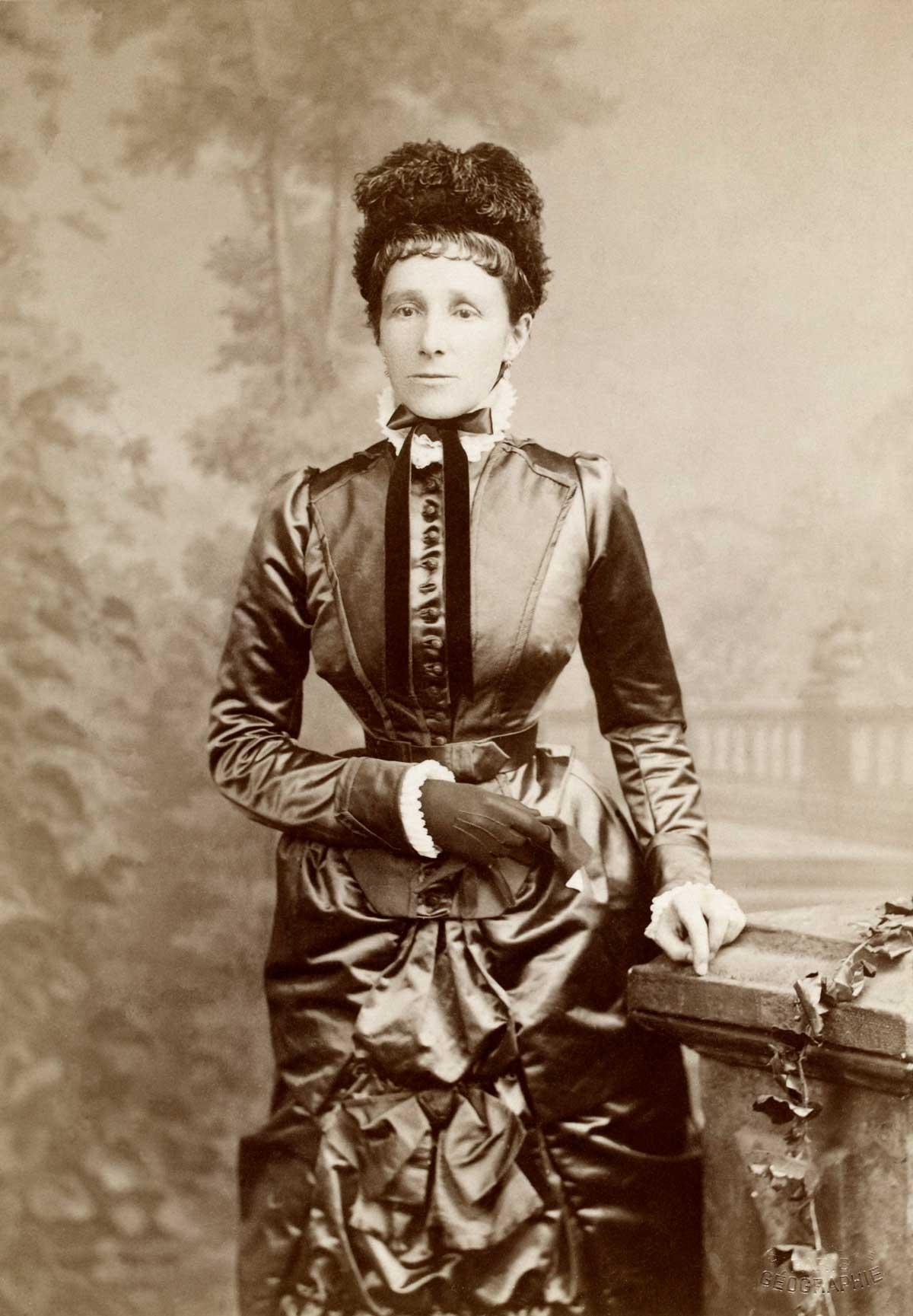 Энн Блант - внучка поэта Байрона и первая европейка. путешествующая по Арабской пустыне