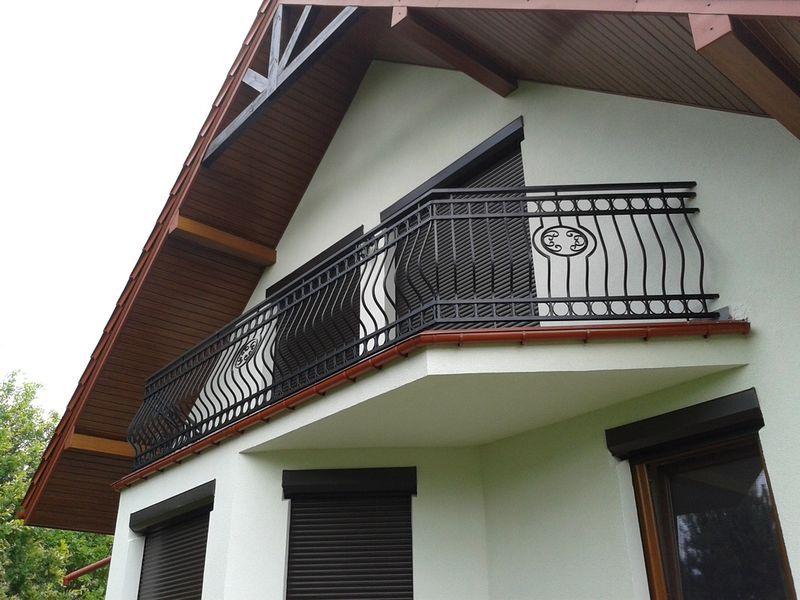нем только формы балконов в частных домах фото что