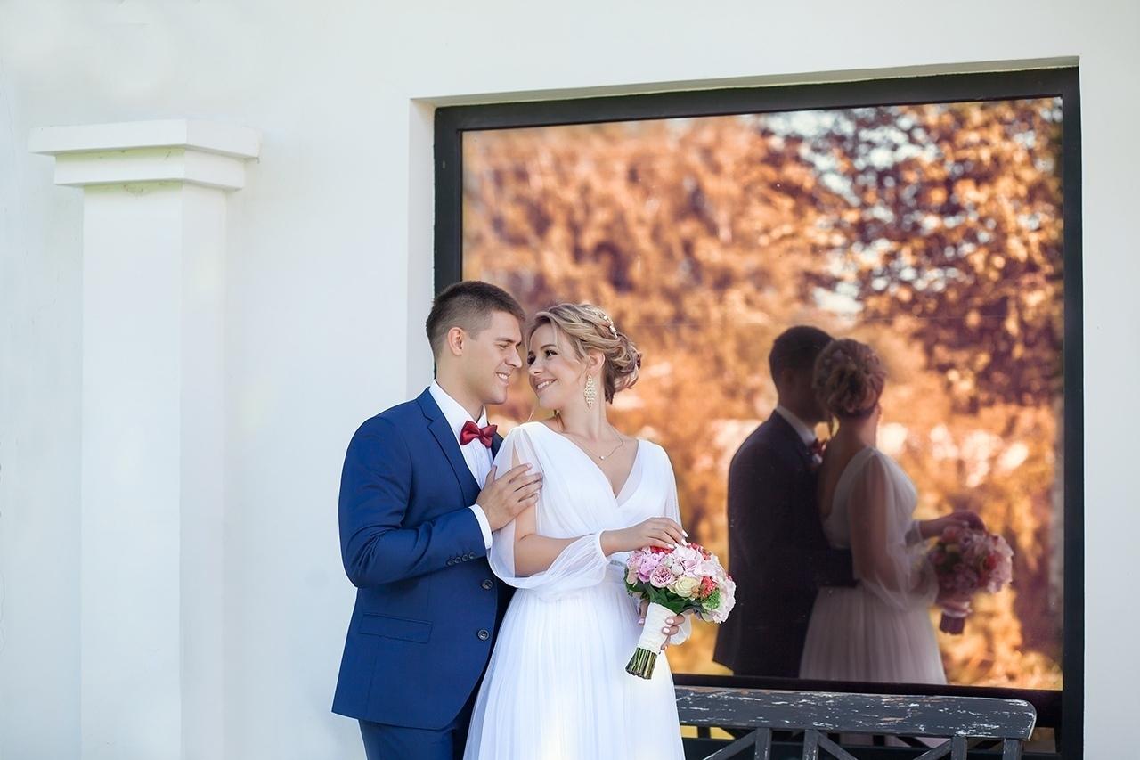 ищу начинающего фотографа на свадьбу проведение деловых мероприятий