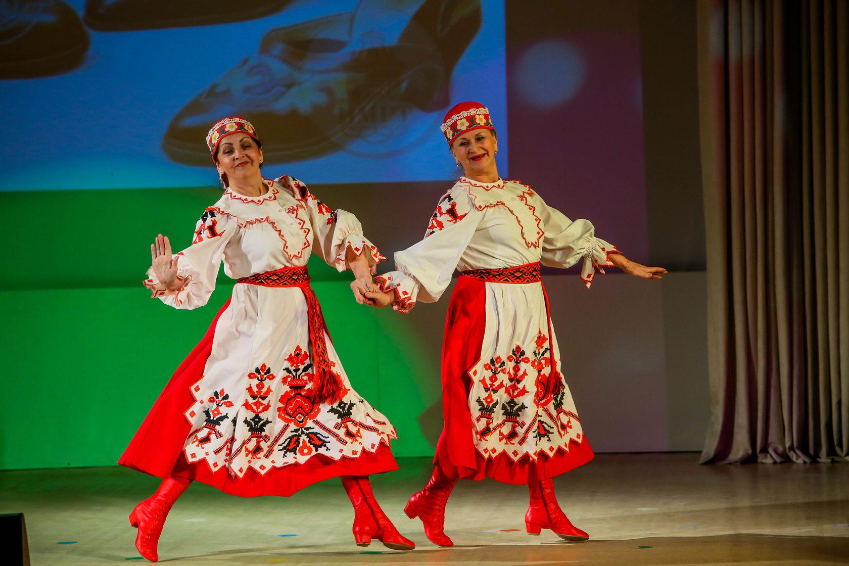 данные фото основных движений белорусских народных танцев сможете