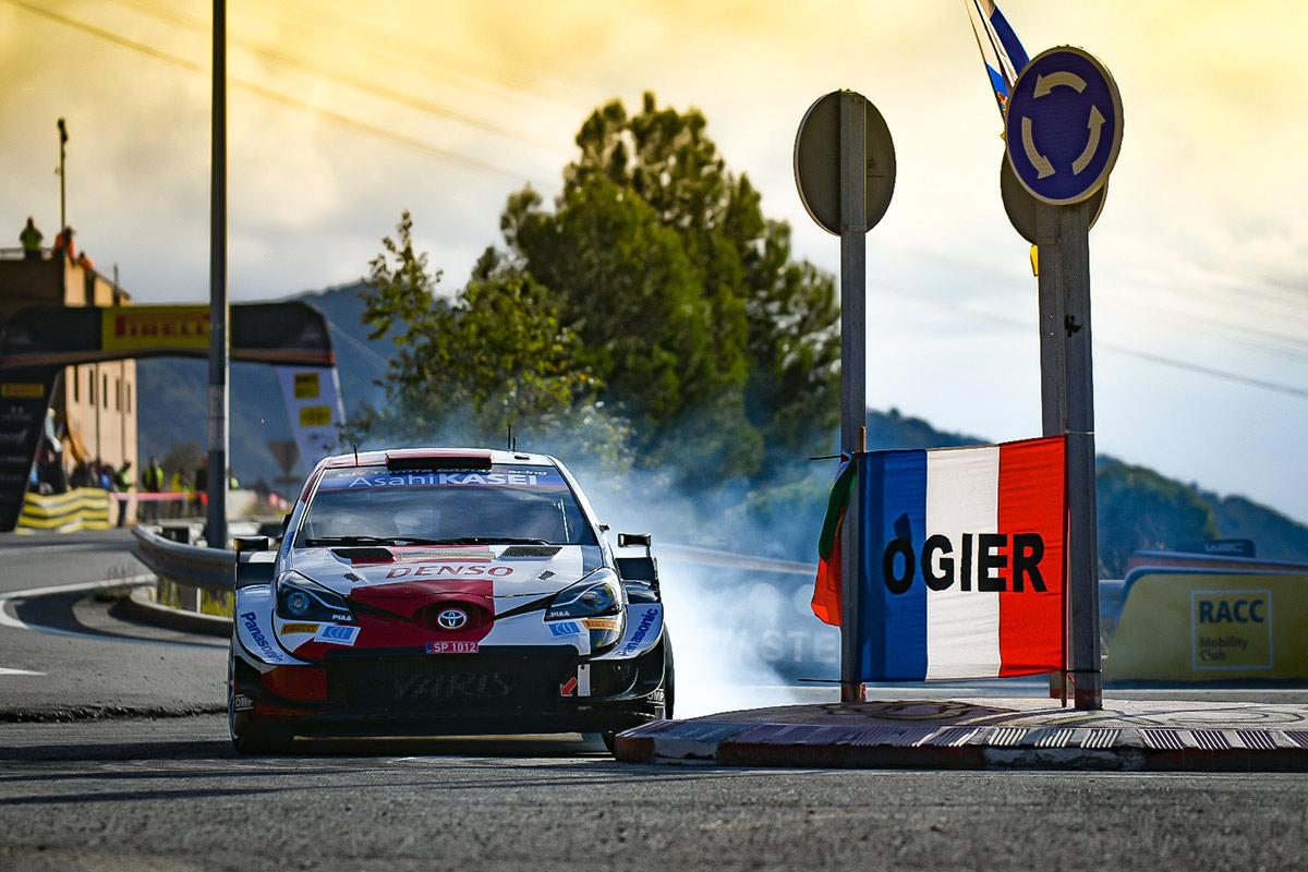 Себастьен Ожье и Жюльен Инграссиа, Toyota Yaris WRC, ралли Каталония 2021