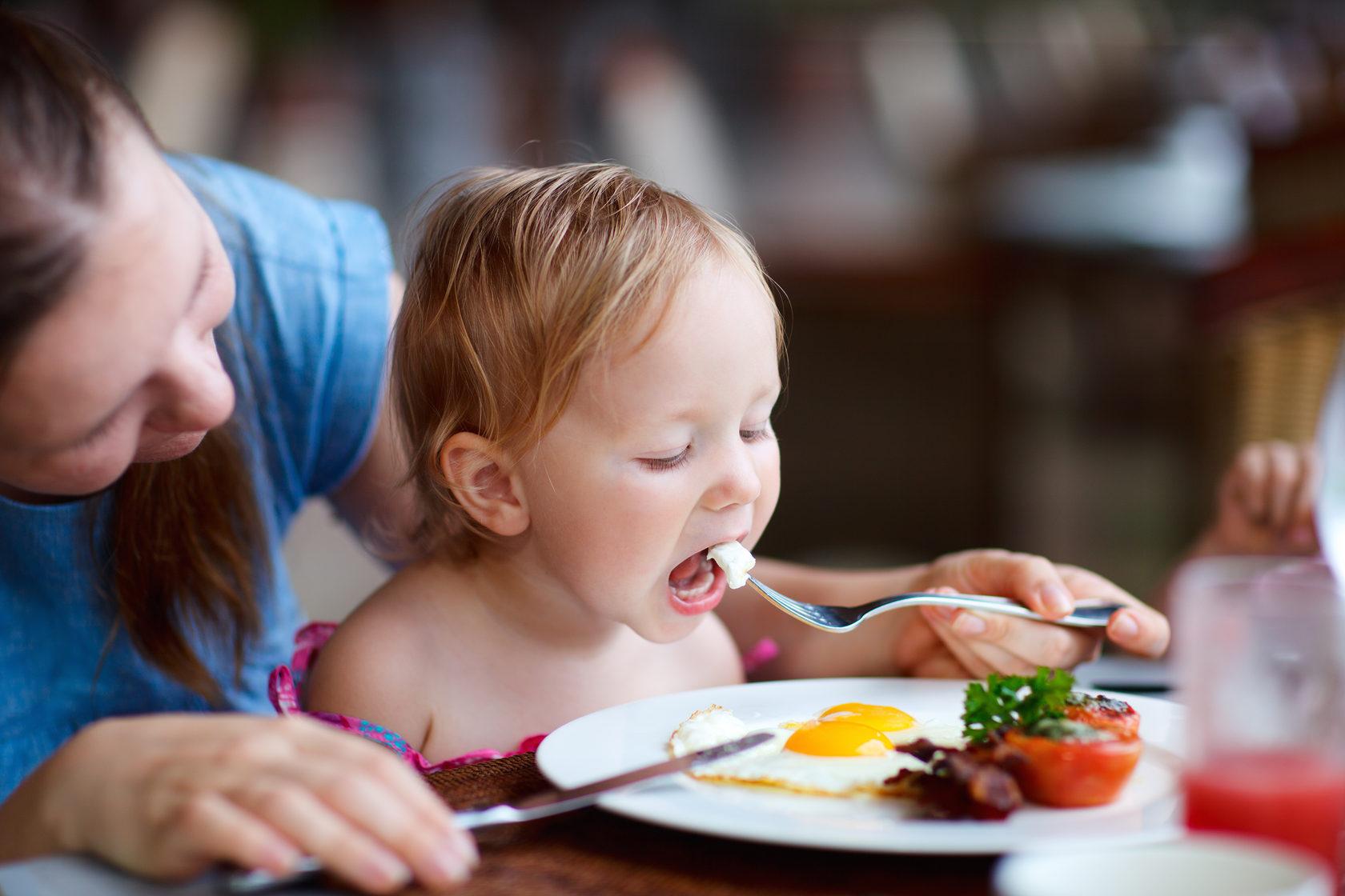 Что можно есть кормящей маме Правда и вымысел о диете при грудном вскармливании