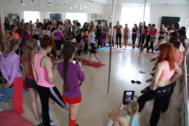 Занятия танцами с получением в дальнейшем сертификата преподавателя сертификат мкэш гост 10348-80