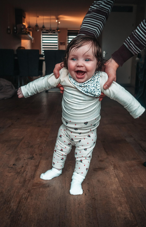 Foto van een blije baby uit fotografie collectie mensen van Simon Wijers