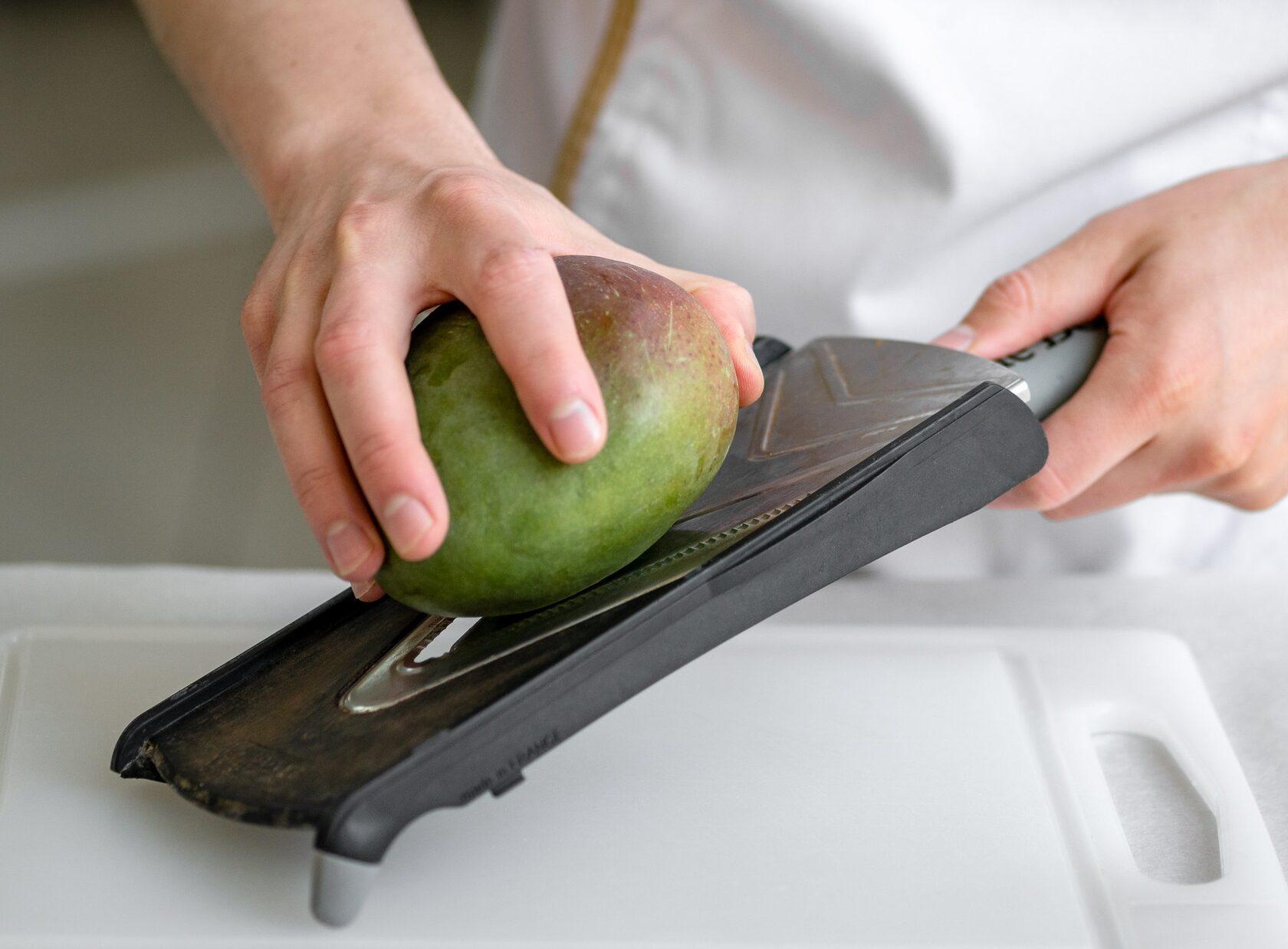 фото нарезаем манго