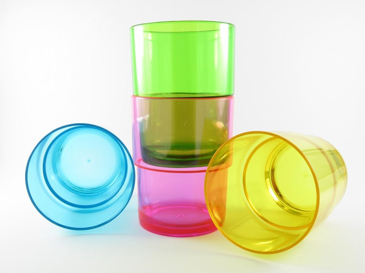 Полиэтиленовые стаканы