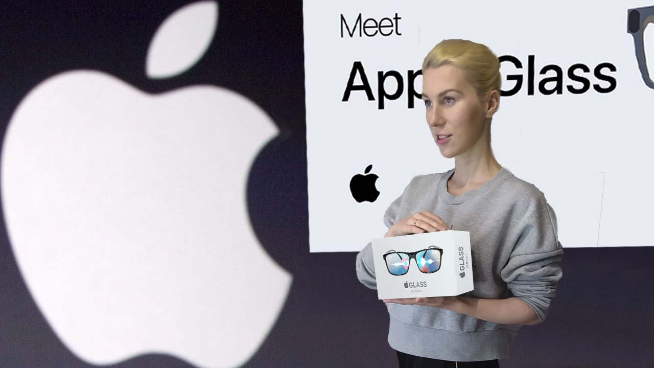 Девушка держит очки дополненной реальности от Apple