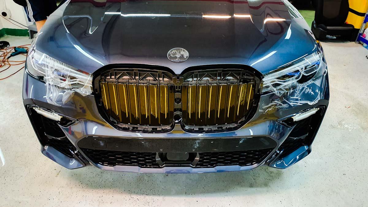 BMW X7 полиуретановая пленка бампера