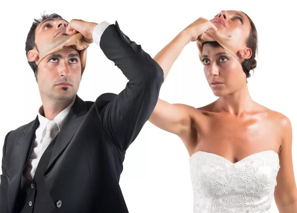 Фиктивный брак в России: ненастоящий союз, настоящие последствия