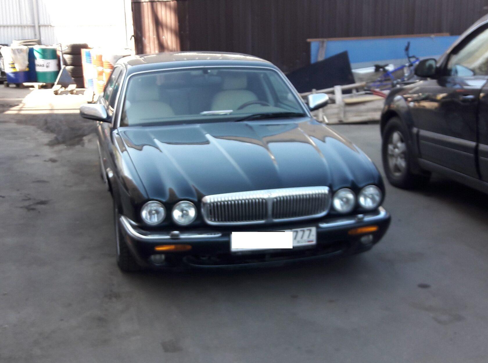 Daimler Jaguar автозвук