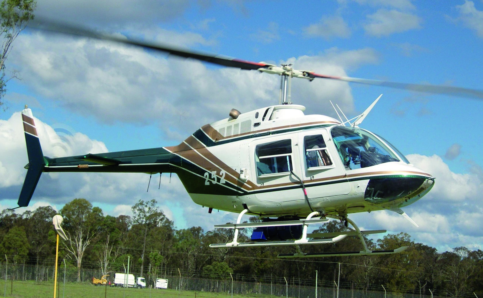 Figure 1. Helicopter-mounted gas detection system (GLD).