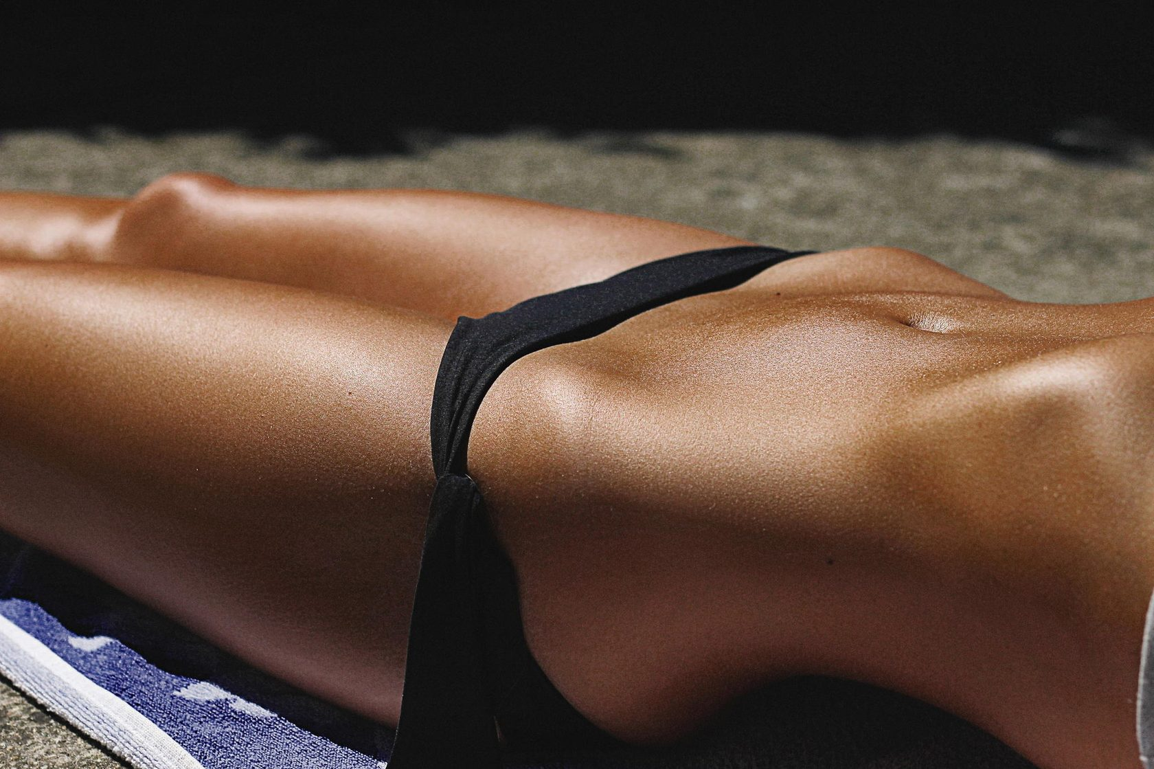Красивые тела в купальнике без лица фото, массаж в конвульсиях от оргазма