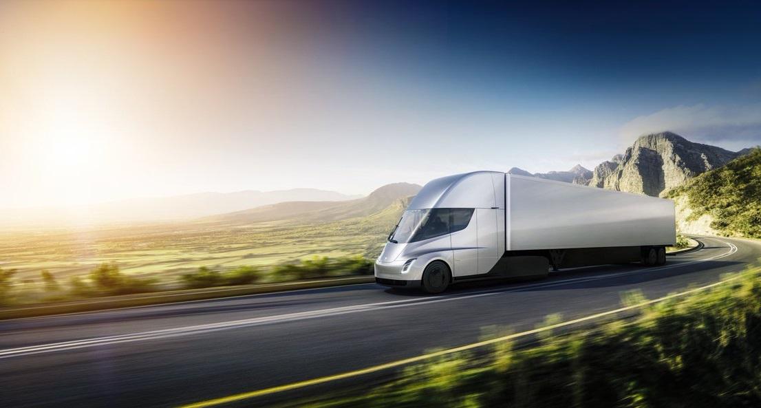 В PepsiCo планируют с помощью Semi доставлять свою продукцию розничным ритейлерам на расстояние до 800 км (фото: Tesla Inc.)
