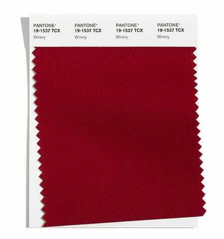 Червеният цвят Winery на Pantone наподобява червеното вино и е подходящ за есен 2021 и зима 2022.