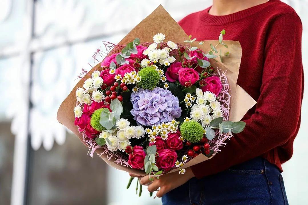 Открыть цветочный магазин по франшизе   Купить франшизу.ру
