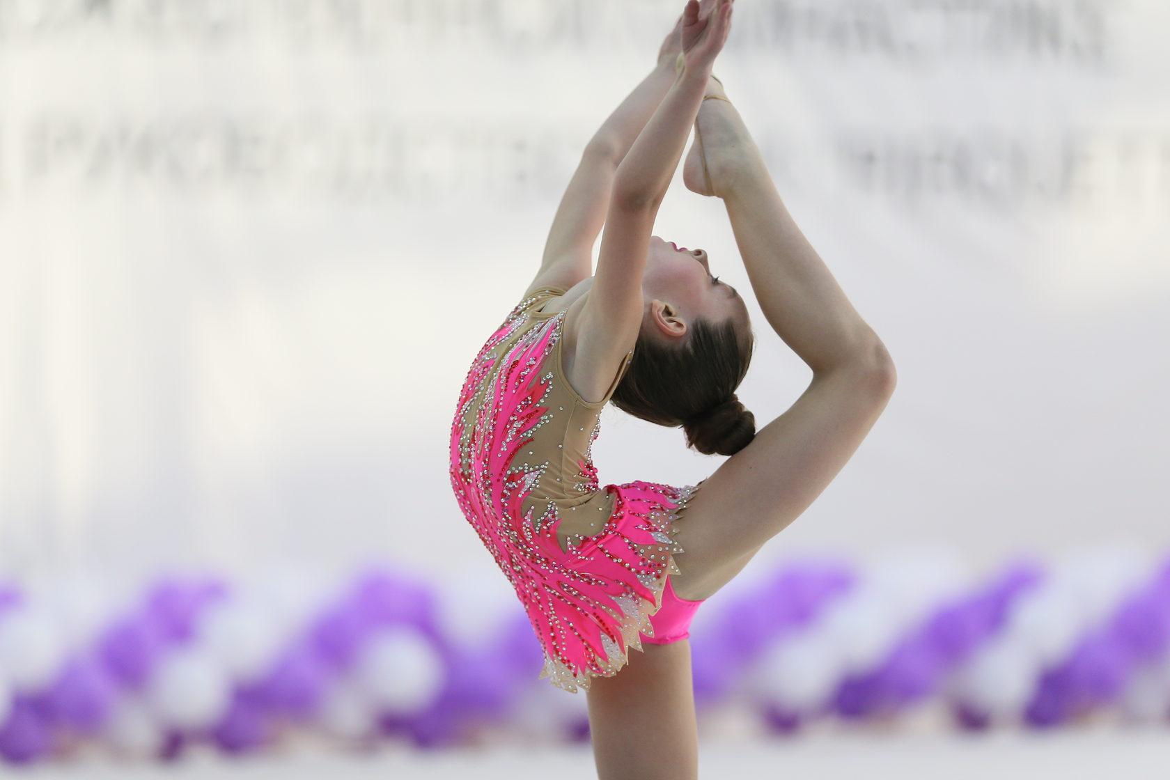 Стройная гимнастка фото — pic 14