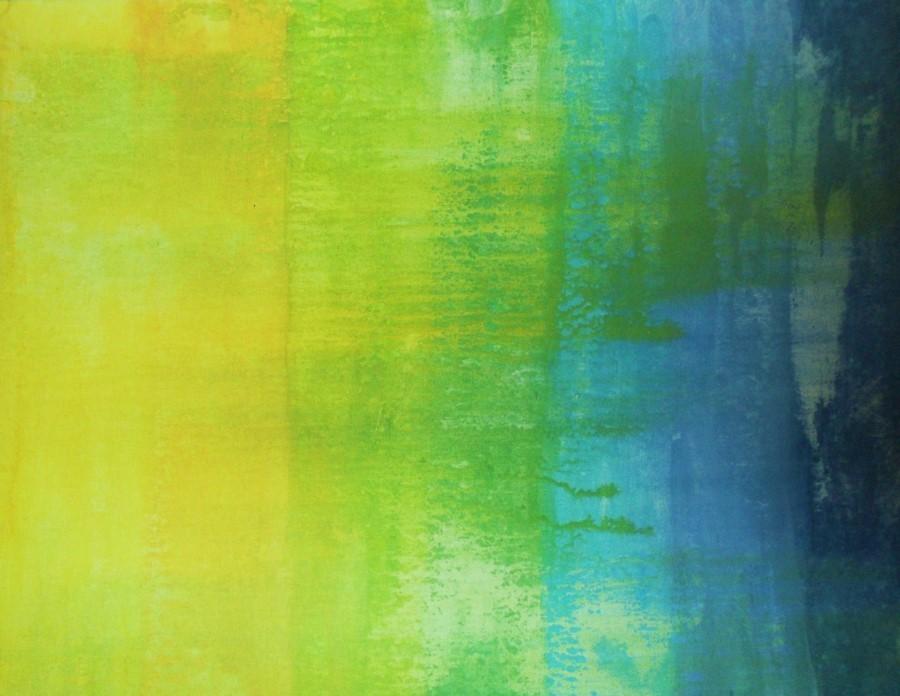 Из четырех цветов – сине-зеленый, желто-зеленый, зеленый и желтый.