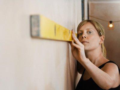 Выравнивание поверхностей стен, потолков и пола