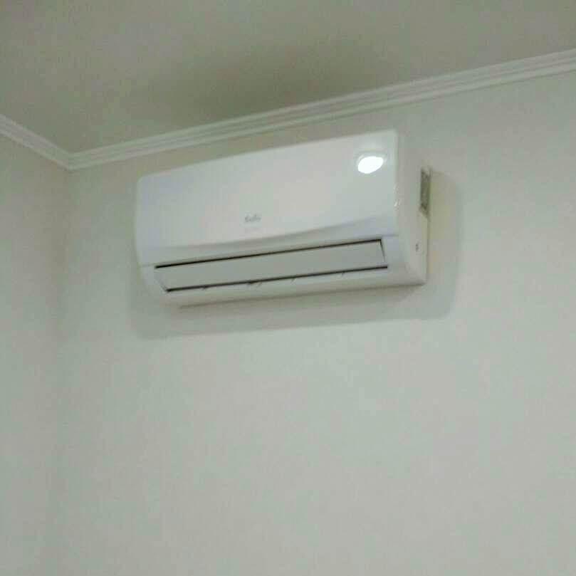 Кондиционер для комфортной температуры дома.