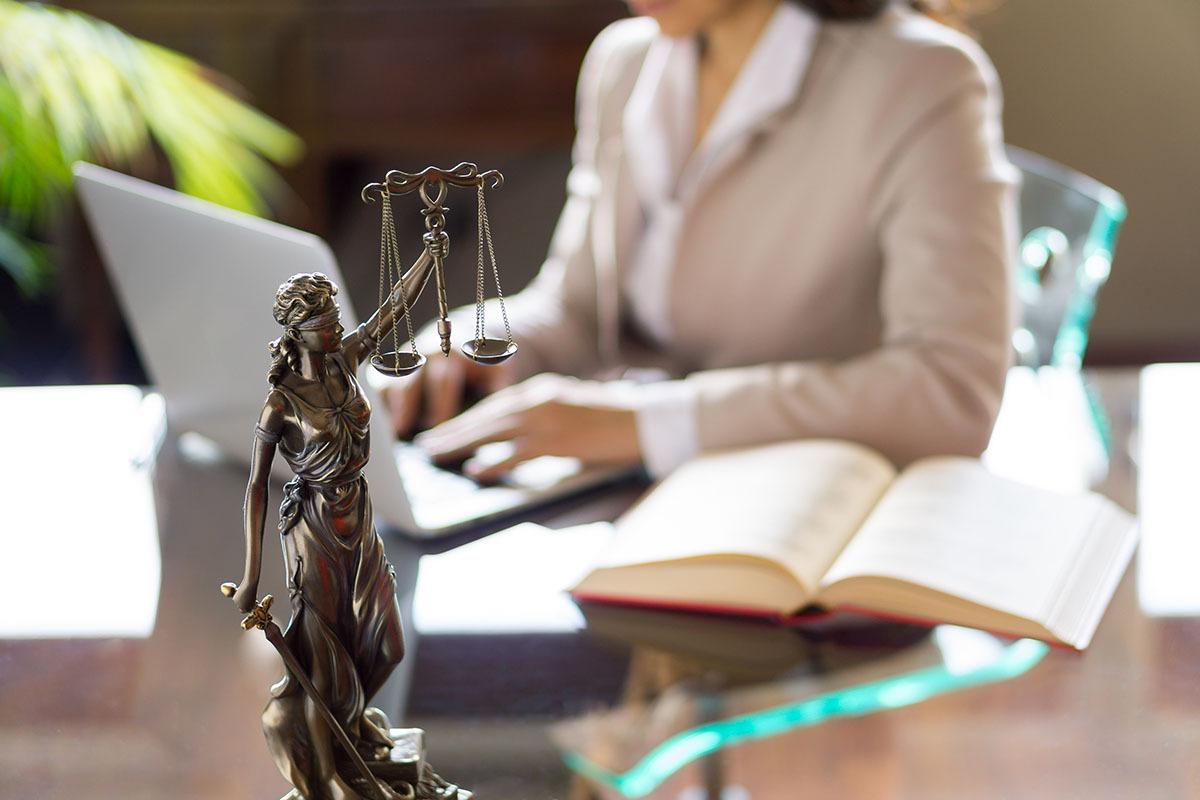 юрист как стать ом в россии