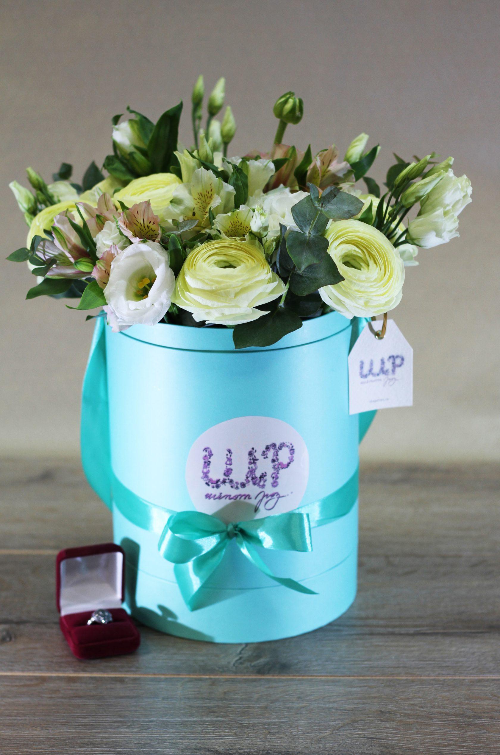 Цветов, купить цветы в красногорске в розницу дешево