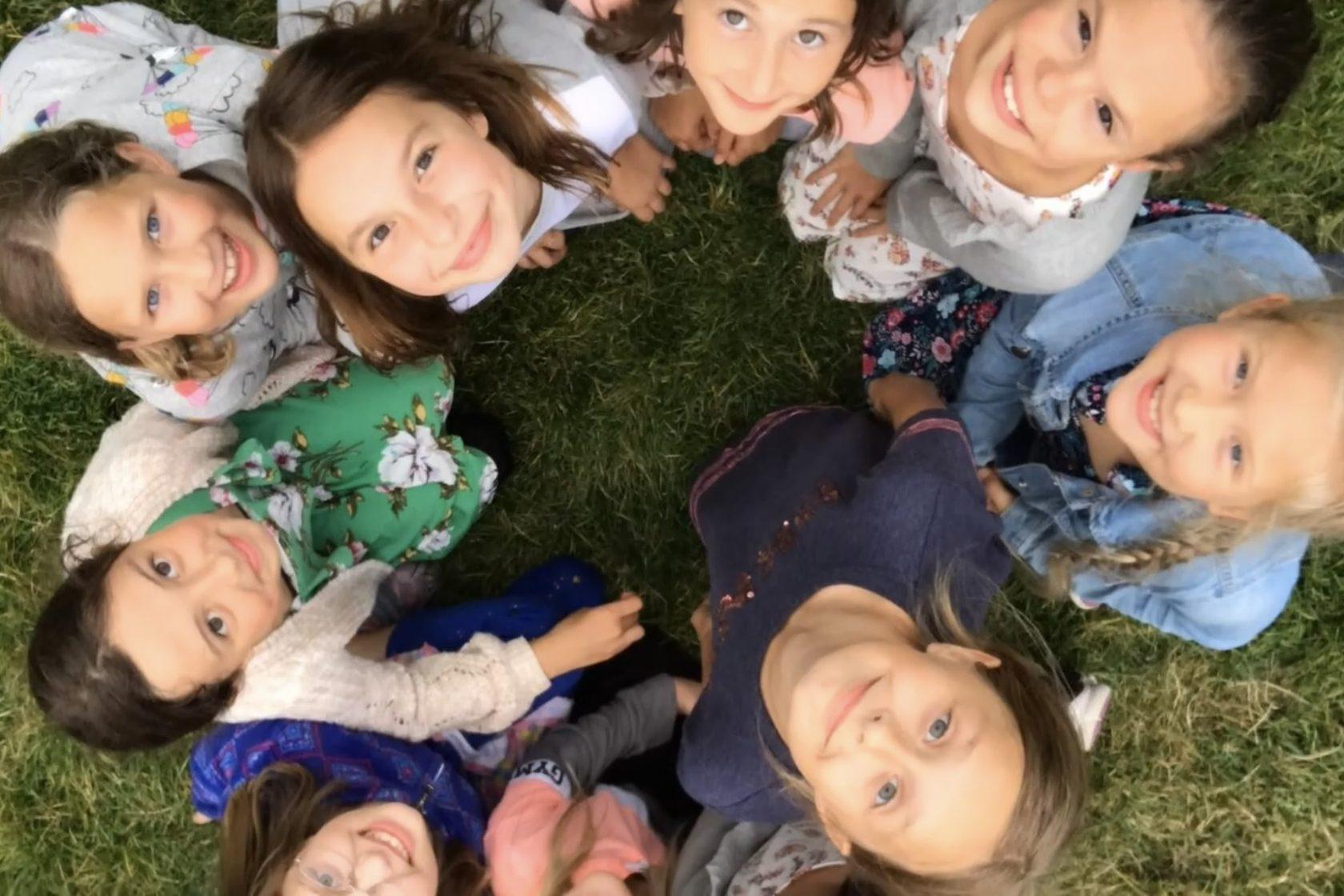 smiling kids, children's ministry