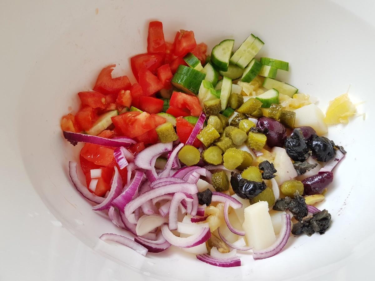 Картофельный салат с рыбой и оливками. Вкусный Израиль.