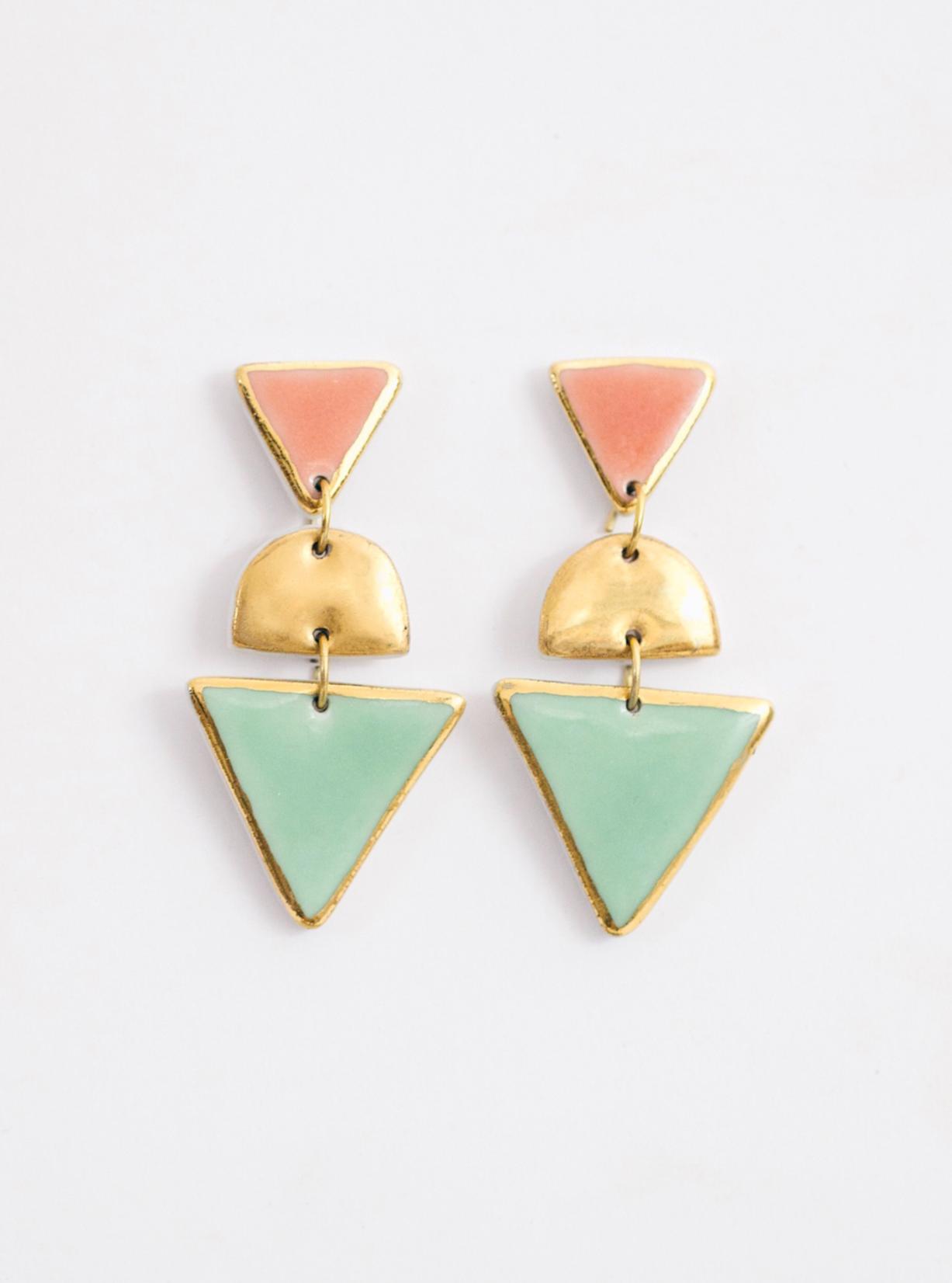 Геометрические серьги Cosmicbead, треугольные серьги, купить модные серьги, зеленые серьги, цветные серьги