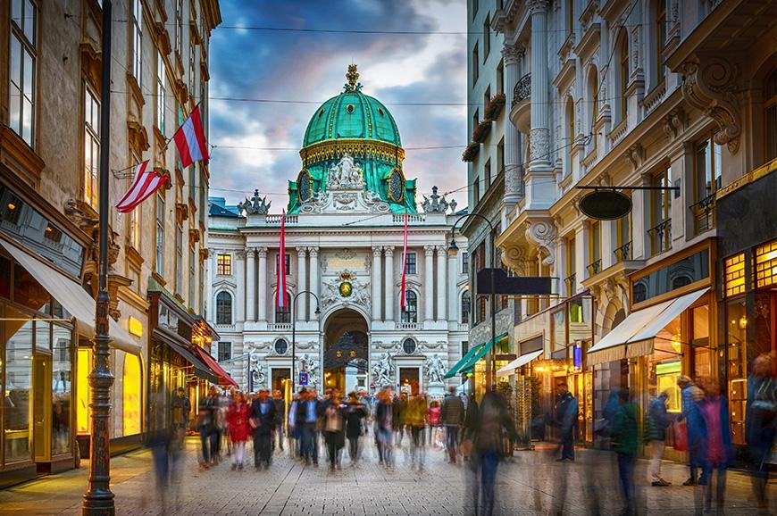 Продажа коммерческой недвижимости в австрии работа для русскоговорящих в дубае