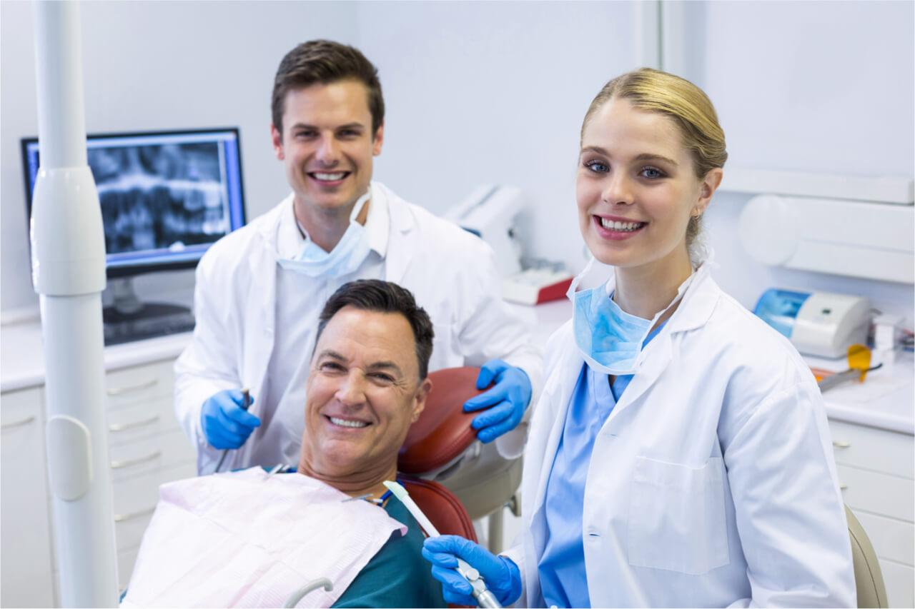 американский стоматолог
