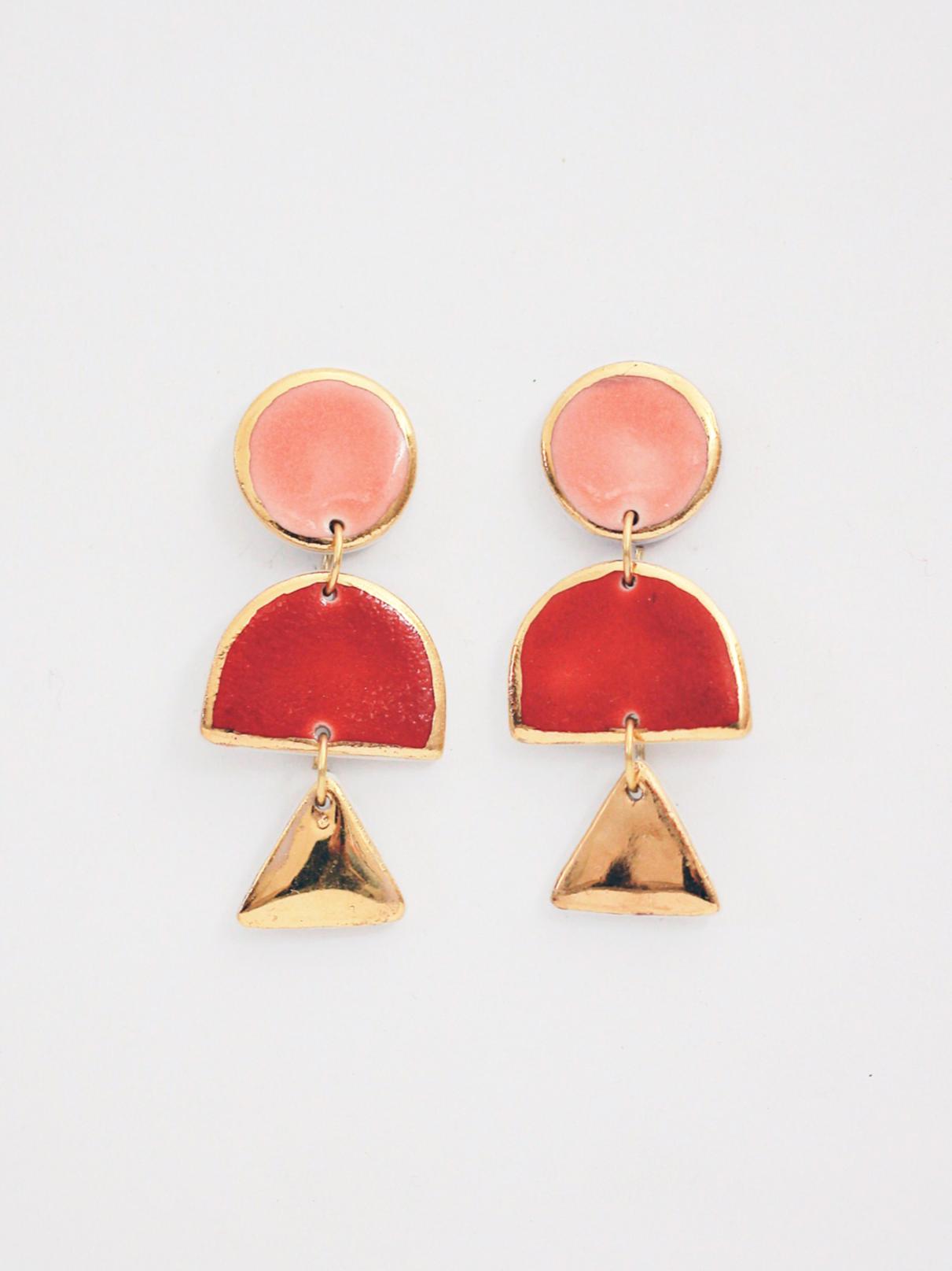Красные серьги Cosmicbead, рубиновые серьги, стильные украшения, купить серьги, оригинальный подарок подруге, геометрические серьги, стильные украшения