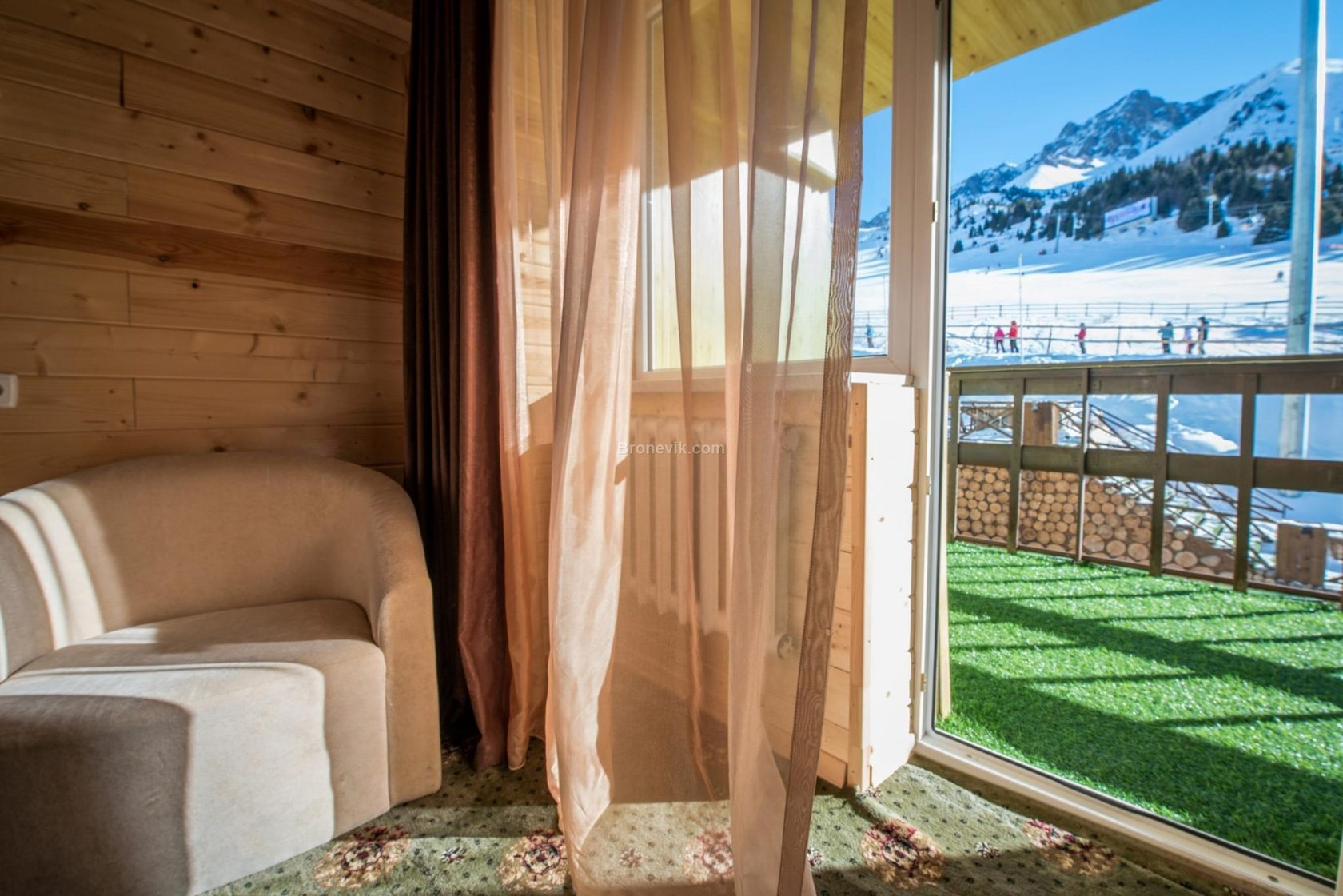 Отель на курорте Чимбулак