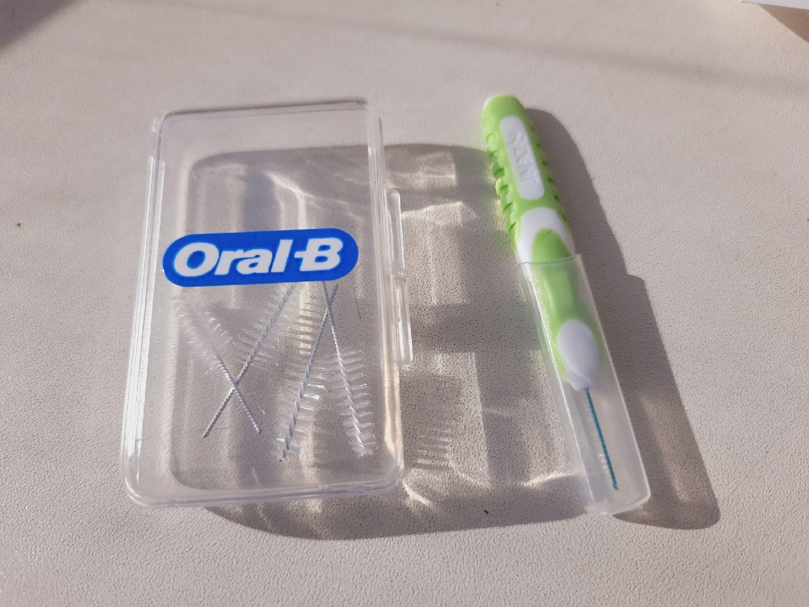 набор ершиков для чистки между зубов и брекетов