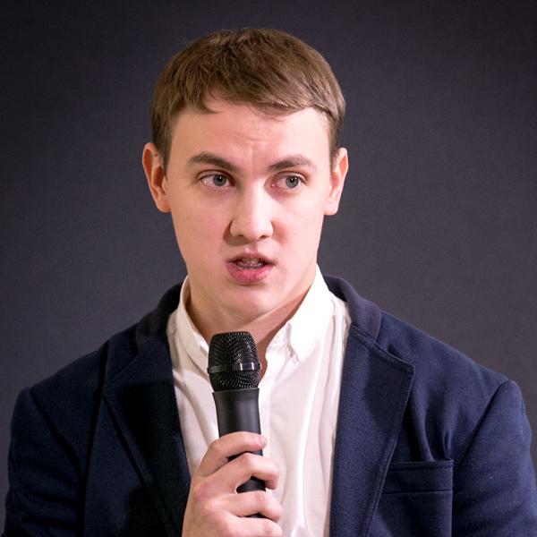 Победитель ВИК.Нано 2016: Александр Бузимов, аспирант Томского государственного университета