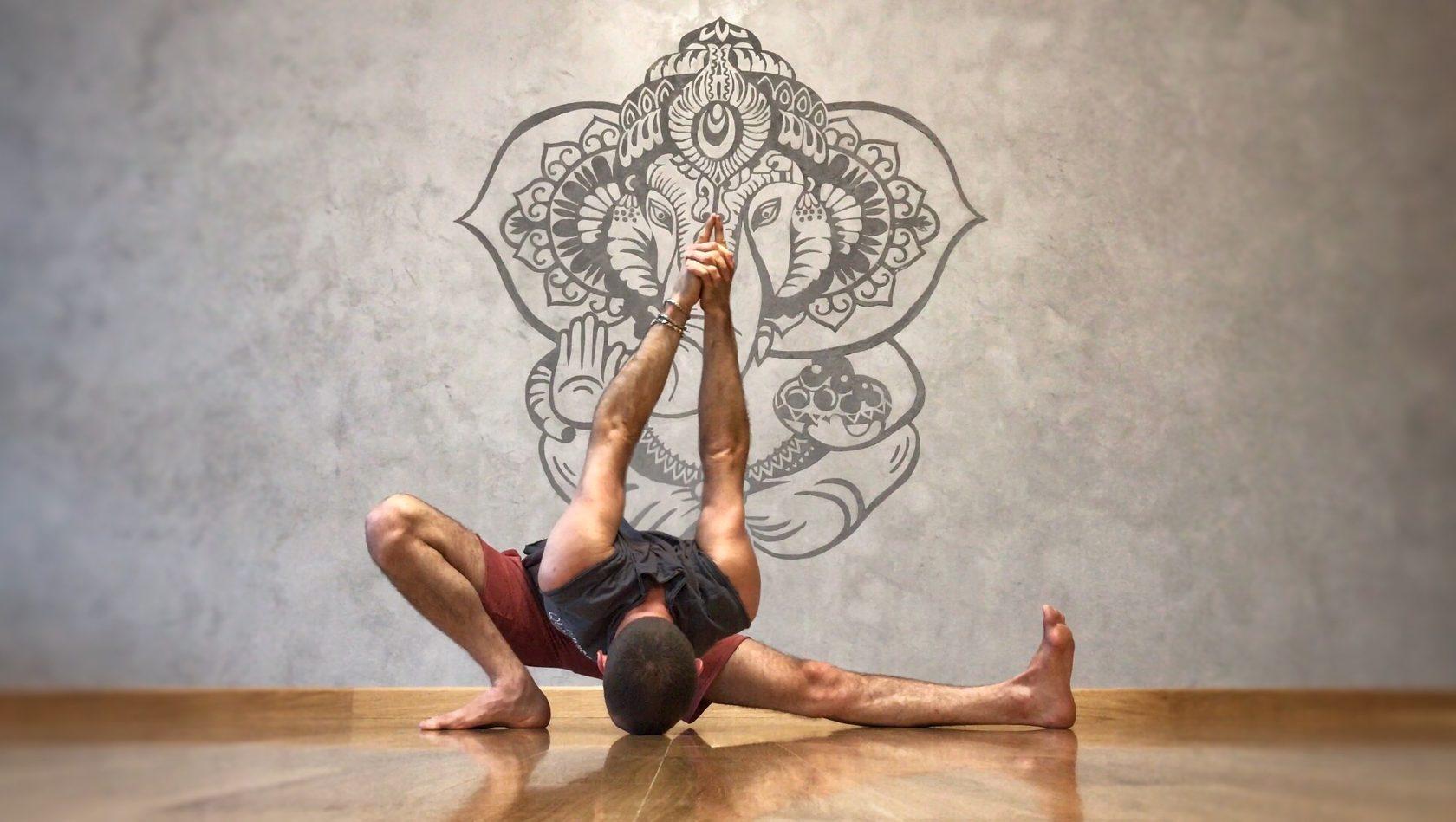 все асаны йоги айенгара в картинках уивер