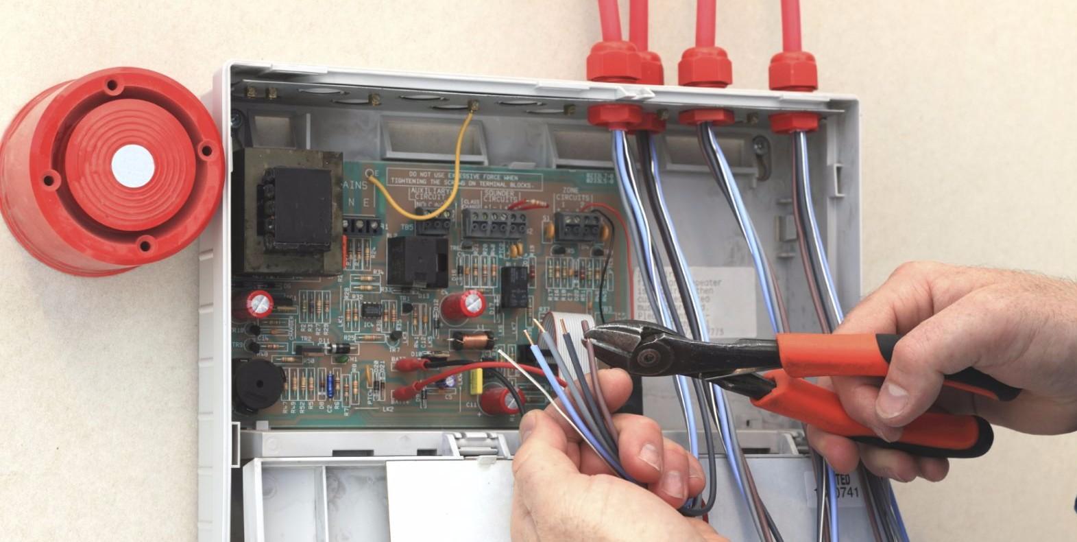 Техника безопасности при установке пожарнрй сигнаоизации