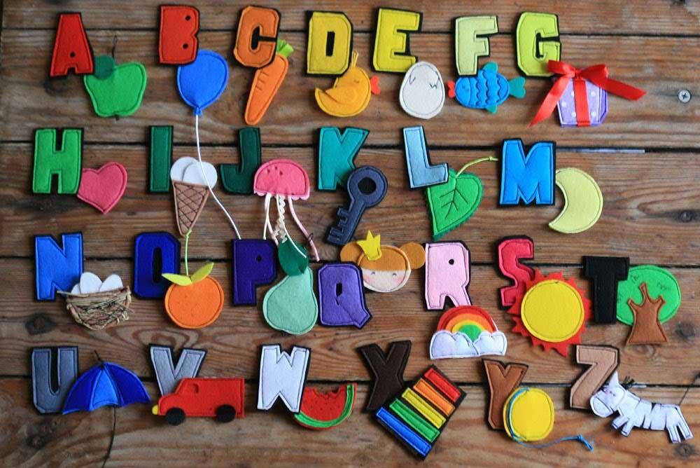 Алфавит с мягкими нашивками