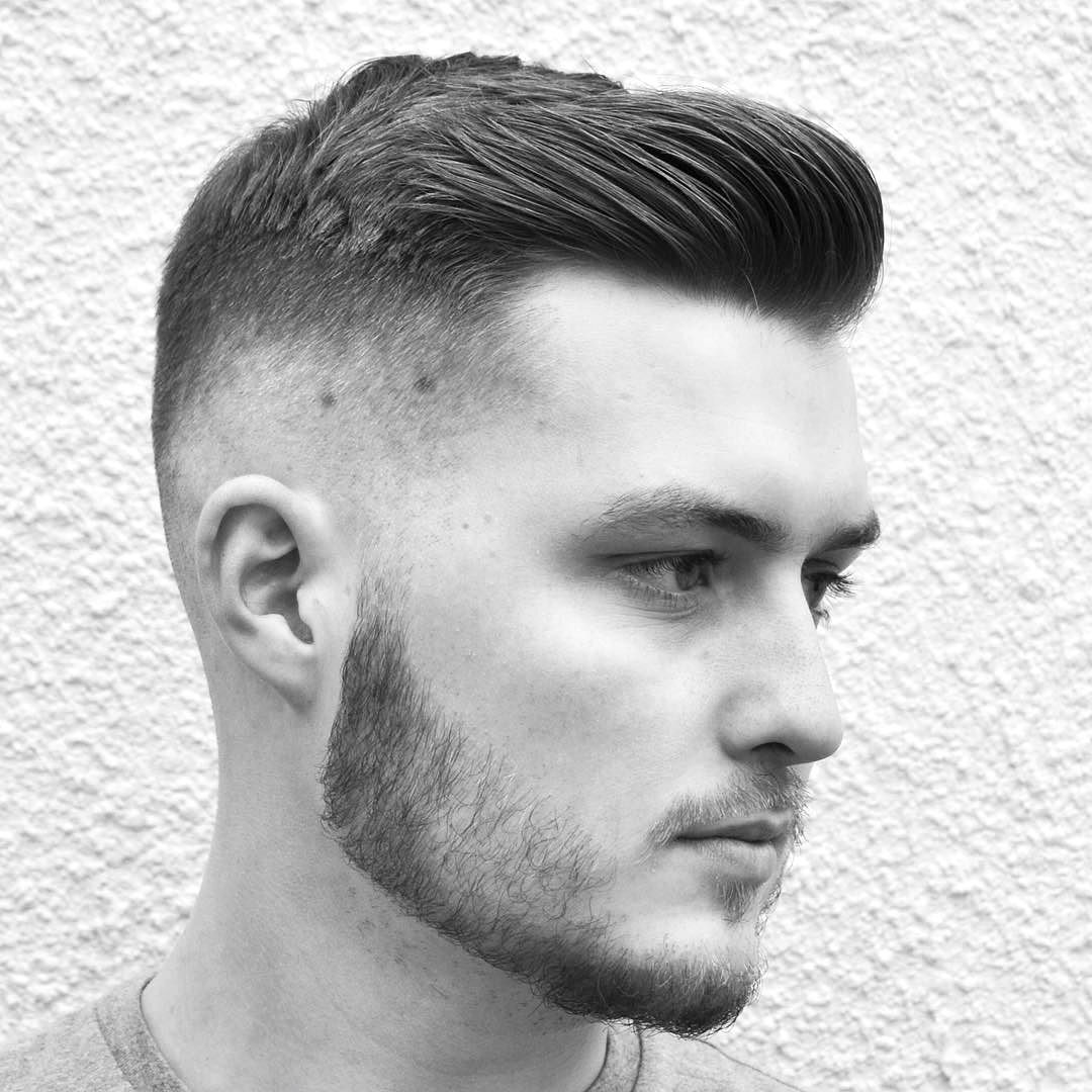 Рассмотрим актуальные варианты стрижки для тонких коротких волос сезона  уверенные в себе красавицы, готовые к смелым экспериментам с короткими волосами должны попробовать в наступившем сезоне супермодные короткие стрижки с выбриванием.