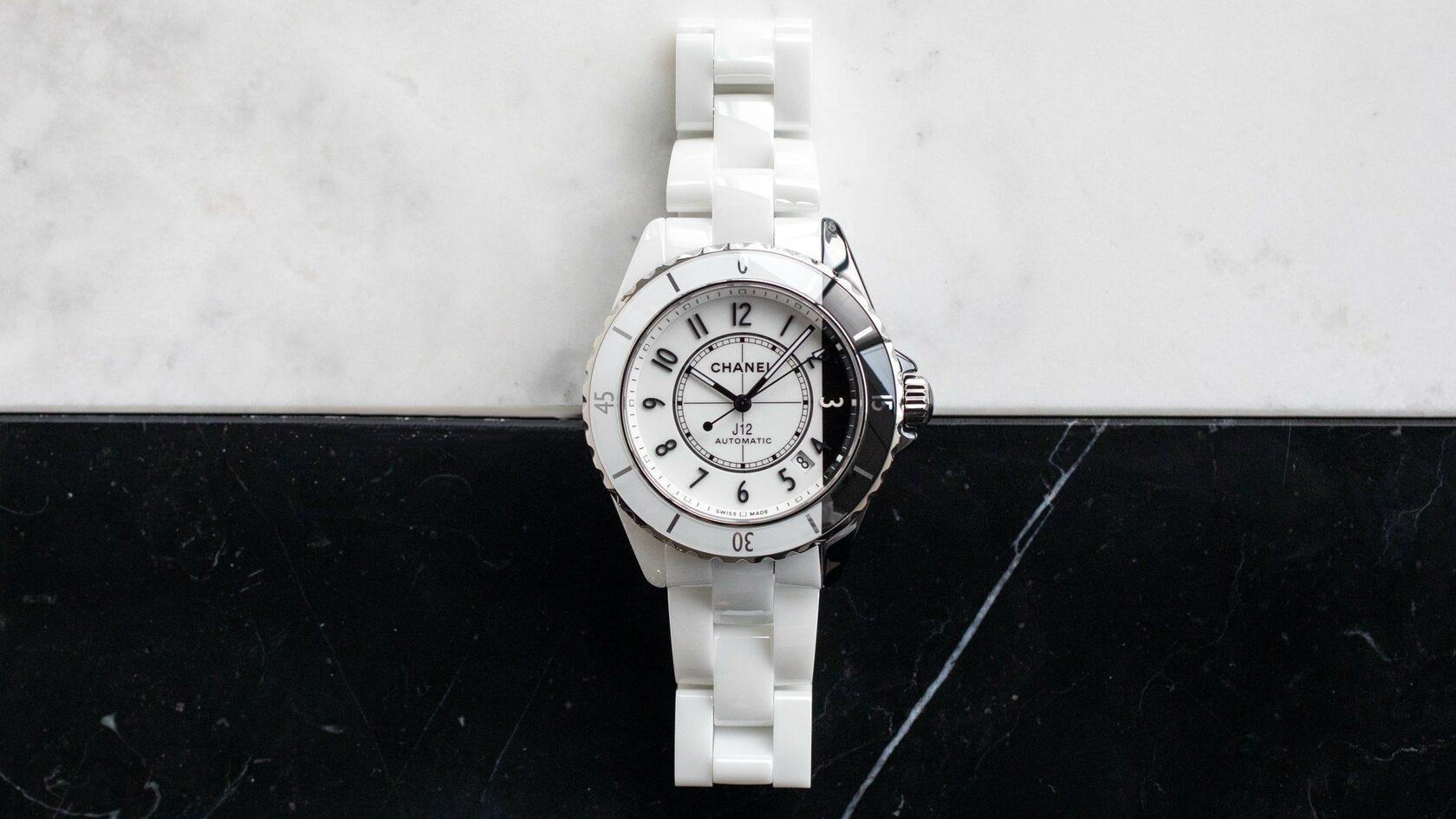 продать часы Chanel