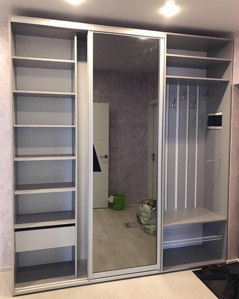 фото шкафов купе в коридоре внутри