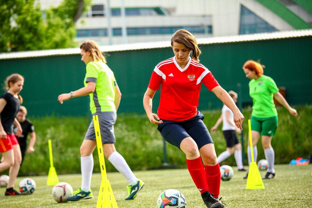 Поставка мячей для АНО Женской школы футбола в г.Екатеринбург