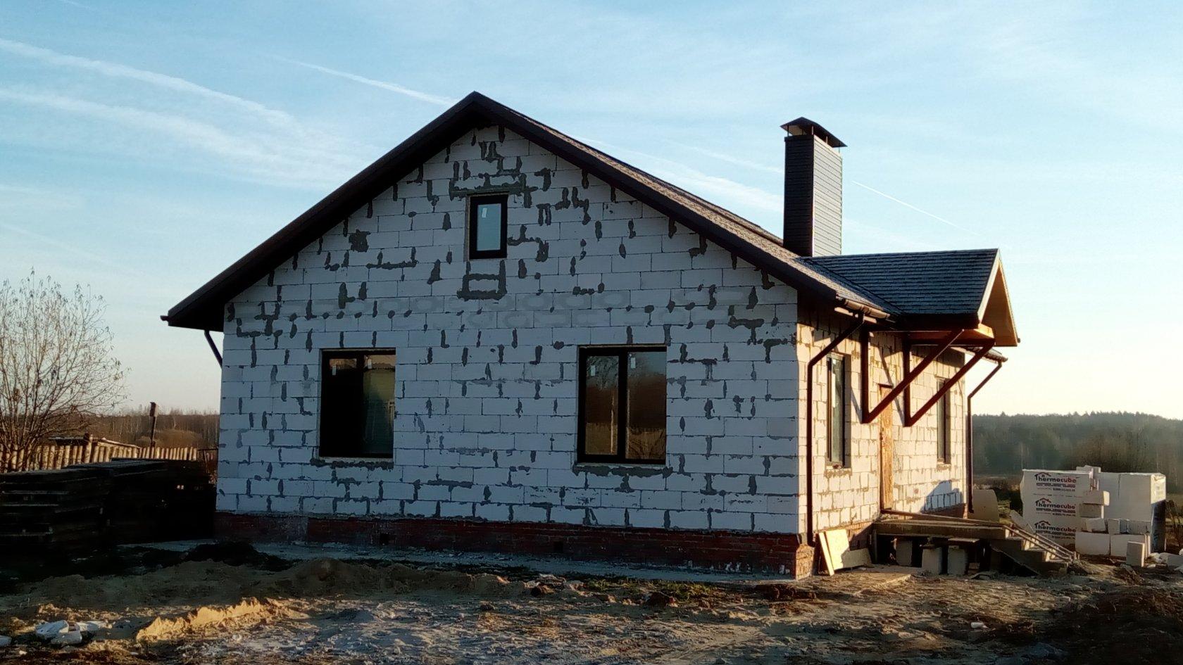 любом фото домов из газобетона недострой виновник дтп
