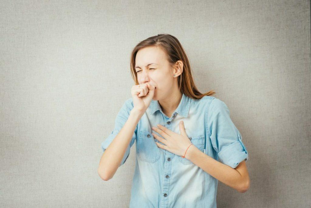 болит горло и тяжело дышать