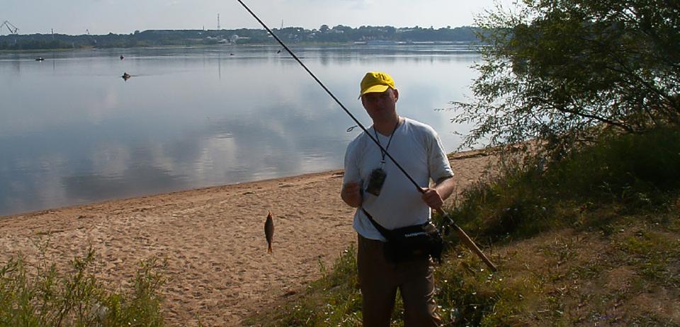 ловля толстолобика весной на пруду