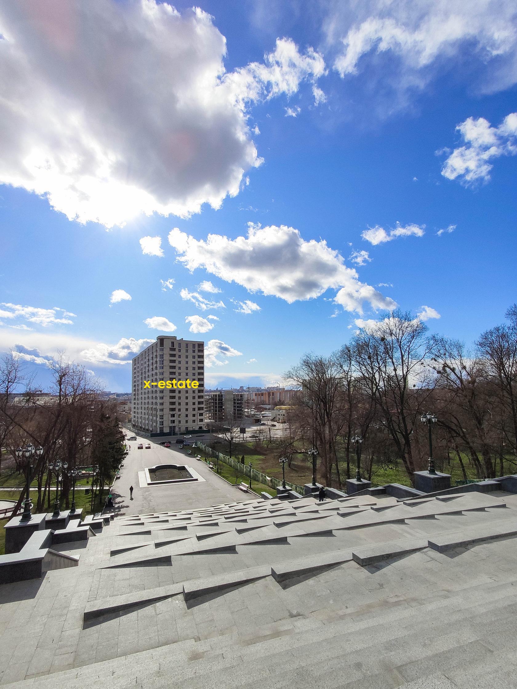 ЖК Инфинити, вид с парка Шевченко