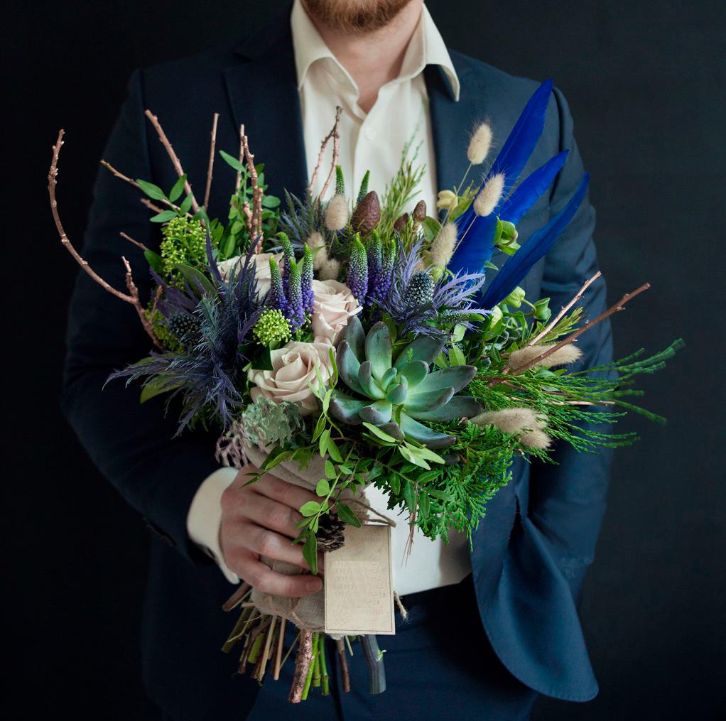 букеты цветов в день рождения мужчине мышцам необходимо